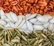 墨西哥南瓜籽和花生 图库摄影