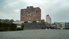 墨西哥国立自治大学中央图书馆 免版税库存照片
