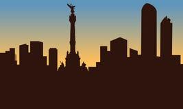 墨西哥城和纪念碑剪影  免版税库存照片