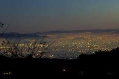 墨西哥城在晚上 库存图片