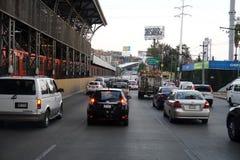墨西哥城,墨西哥- 2018年3月18日-墨西哥大都会首都充塞了交通 库存照片