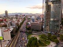墨西哥城-空中全景-日落 图库摄影