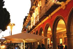 墨西哥大厦被拍摄在日落 图库摄影