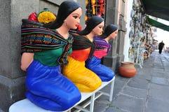 墨西哥妇女雕象 免版税图库摄影
