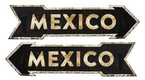 墨西哥定向交通标志葡萄酒 免版税库存照片