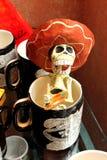 墨西哥滑稽的头骨最基本的画家,死的死亡的dias de los muertos天 库存图片