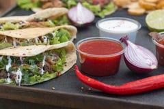 墨西哥牛肉炸玉米饼 免版税库存图片