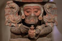 墨西哥瓦哈卡圣多明哥修道院博物馆zapotec神figur 免版税库存照片