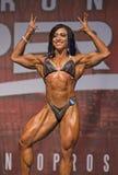 墨西哥肌肉风骚女子显示强有力的体质 库存图片