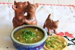 墨西哥辣调味汁Verde和gordita 免版税库存图片