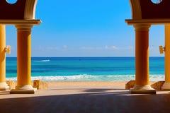 墨西哥 旅馆` Iberostar盛大Paraiso `的海滩 库存照片