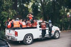 墨西哥- 9月19 :紧急个人去参加eartquake的受害者 库存图片