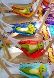 墨西哥滑稽的五颜六色的纪念品辅助部件装饰只适合于小孩的事物 库存图片