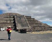 墨西哥 teotihuacan的金字塔 虚度Piramid的看法 库存照片
