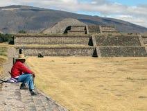 墨西哥 teotihuacan的金字塔 免版税库存图片