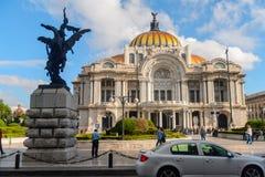 墨西哥DF的建筑学 免版税库存图片