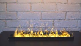 壁炉在家 方便的房子 温暖的空间 股票视频