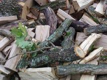 壁炉的木头 免版税库存照片