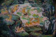 壁画` Himmapan `森林文学寺庙在泰国 免版税库存图片