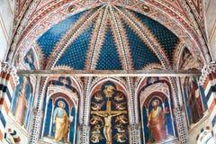 壁画在Basilica di圣芝诺在维罗纳市 免版税库存图片