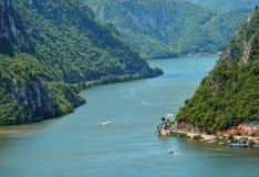 壮观的多瑙河峡谷 图库摄影