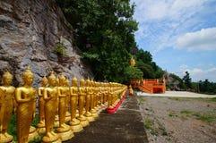 壮观的寺庙作前提每尊敬 免版税库存图片