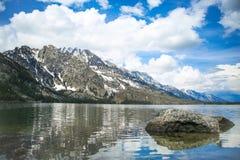 壮观的山景城 免版税库存图片