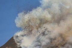壮观的火山Etna爆发,西西里岛,意大利 免版税库存照片