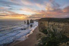 壮观的观点的日落的十二位传道者 极大的海洋路,维多利亚,澳洲 库存图片