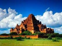 壮观的Dhammayangyi寺庙全景,异教徒, Bagan缅甸 图库摄影