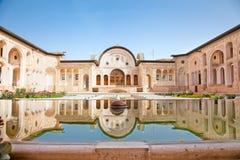 壮观的Khan-e Tabatabei有历史的房子 免版税库存照片