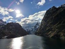 壮观的Trollfjorden在Lofoten,挪威 免版税库存图片