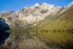 声势浩大的湖 免版税库存图片