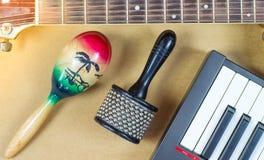 声学吉他撞击声辅助部件音乐 库存照片