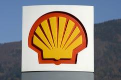 壳加油站的商标标志 免版税库存照片