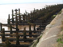 去壳小游艇船坞和走沿河Humber和船坞 库存照片