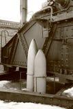 壳样品在俄语附近的305 mm短程高射炮M1915 库存图片