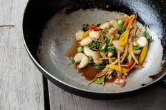 壳油煎的蛤蜊 免版税库存照片