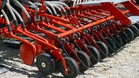 处理的农业耕地机土地 耙,农业 免版税库存照片