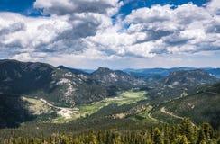 处理的科罗拉多完成的hdr山国家公园岩石风暴冬天 野生生物保护区在美国 免版税库存照片
