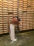处理Fontina的典型的乳酪 库存图片