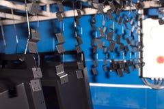 备件为绘垂悬 粉末绘画 375个大酒瓶左轮手枪不锈钢 金属工作 库存图片