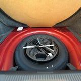 备用轮胎轮子 免版税库存照片