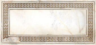 复杂设计和雕刻在泰姬陵 免版税库存图片