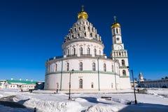 复活大教堂的西南门面在17世纪的新耶路撒冷修道院里 Istra,莫斯科郊区,俄罗斯 免版税库存图片