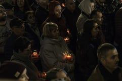 复活节在布加勒斯特家长式大教堂的光队伍 库存照片