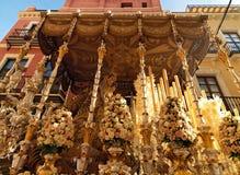 复活节狂欢节Semana圣诞老人在塞维利亚,西班牙 2015年4月2日 库存照片