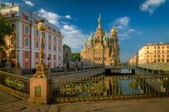 复活圣彼德堡的教会 图库摄影