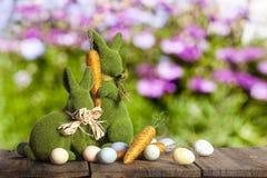 复活节兔子蛋红萝卜 库存照片