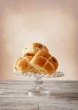 复活节小圆面包 免版税库存照片